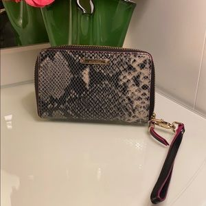 "Stella and Dot ""snakeskin"" Wristlet"